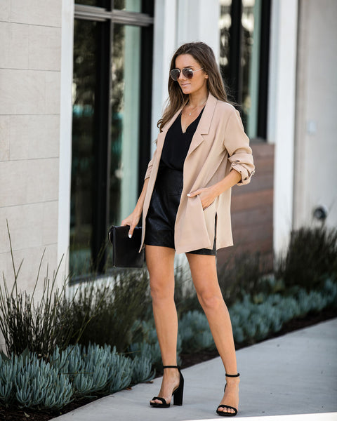 Mover And Shaker Pocketed Blazer - Taupe