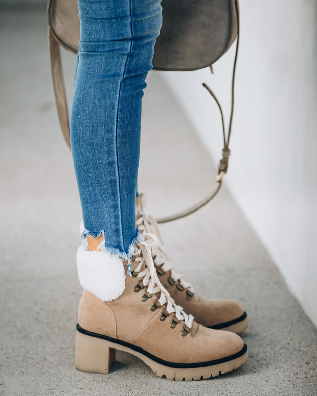 Conquest Heeled Shearling Lace Up Boot - Khaki view 7