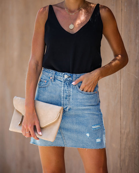 Rumor Pocketed Distressed Denim Skirt