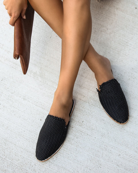 Mabel Handwoven Artisan Slides - Black