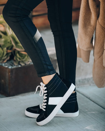 Daniels High-Top Sneaker - Black