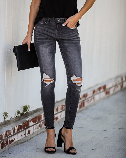 Denali Mid Rise Frayed Ankle Skinny