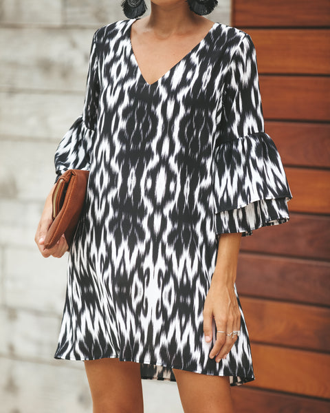 Bell Sleeve Mahalo Shift Dress - Black
