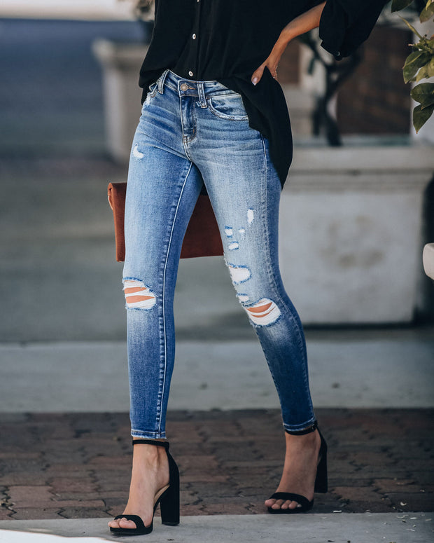 Pinnacle Mid Rise Distressed Skinny
