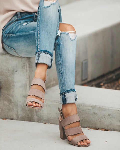 Avalon Scalloped Heel - Taupe
