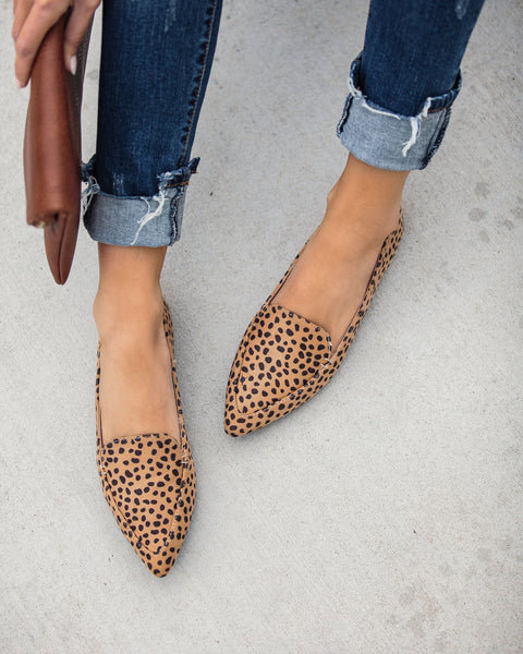 Tabby Pointed Cheetah Loafer