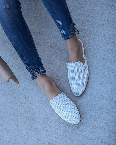 Mabel Handwoven Artisan Slides - White