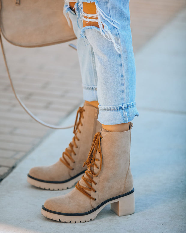 Danny Lace Up Heeled Boot - Latte