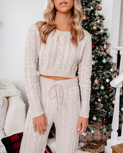 Lights Dim Cable Knit Crop Sweater Top