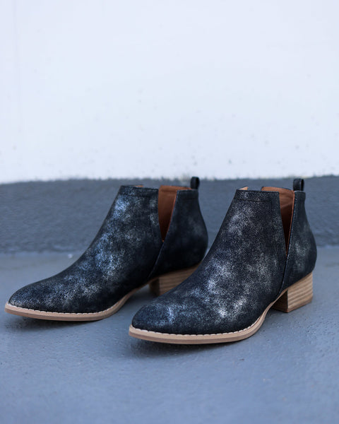 Avery Ankle Bootie - Black