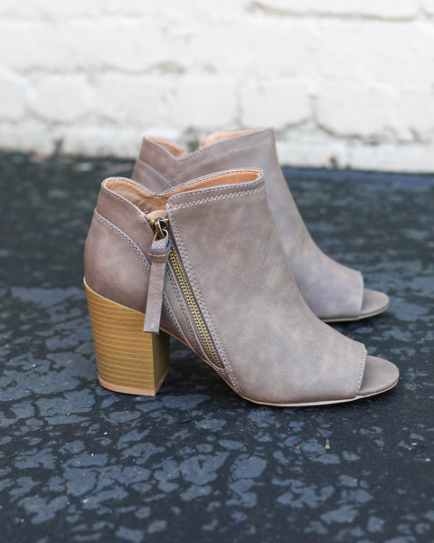 Clyde Peep Toe Bootie - Taupe