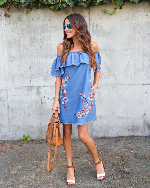 Los Cabos Embroidered Dress