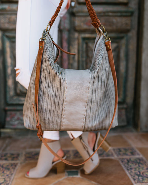 The Traveler Handbag - Grey