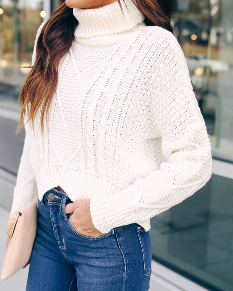 Kane Cropped Cable Knit Turtleneck - Cream
