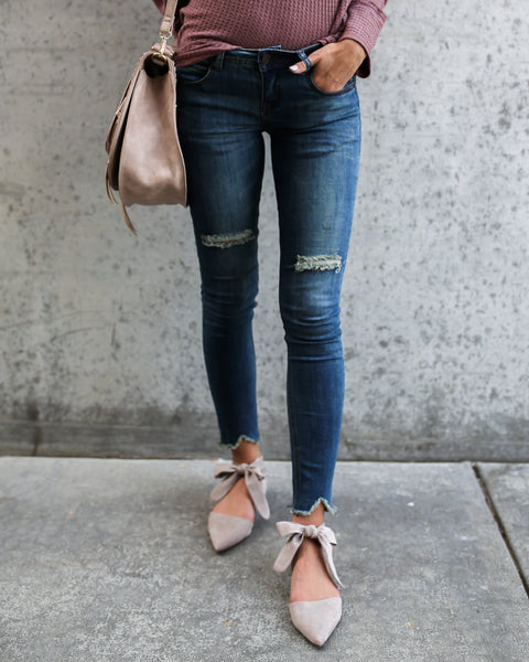 Joanie Vintage Frayed Denim