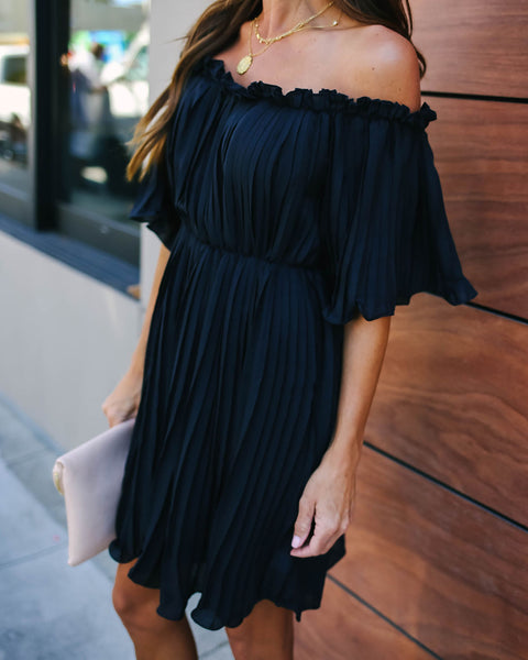 Ultra Feminine Pleated Off The Shoulder Dress - Black