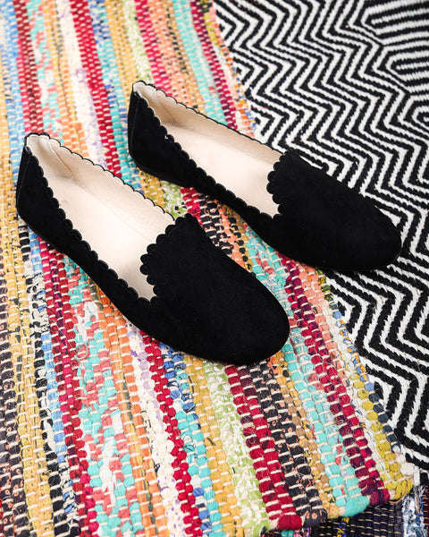 Shore Scalloped Flat