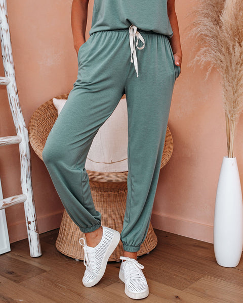 AM To PM Pocketed Knit Joggers - Sage