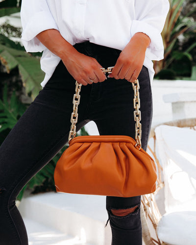 Chic Crossbody Chain Pouch Bag - Caramel