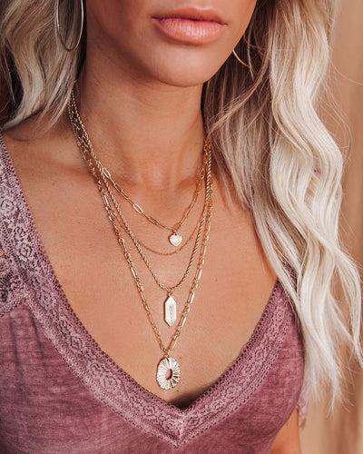 Coasta Layered Pendant Necklace