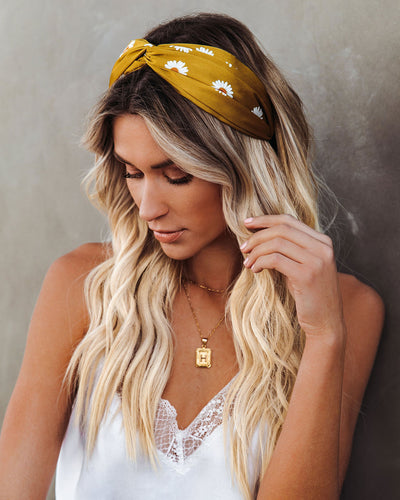 Daisy Chain Twist Headband