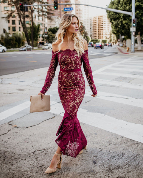 Elegance Lace Trumpet Dress - Wine