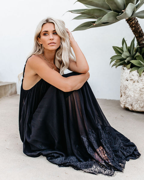 Enchanted By Your Love Lace Maxi Dress - Black
