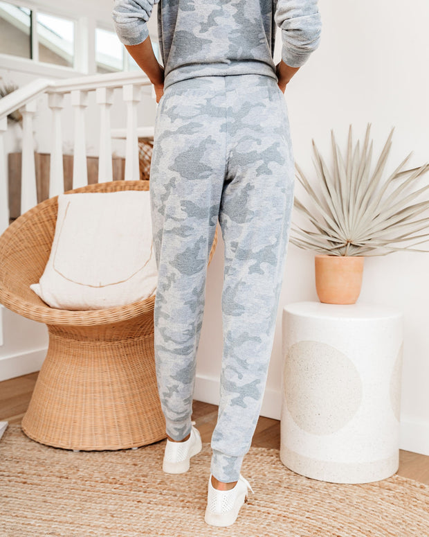 Harleen Pocketed Camo Knit Joggers