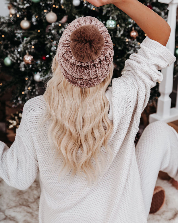 Hunter Chenille Pom Beanie - Taupe