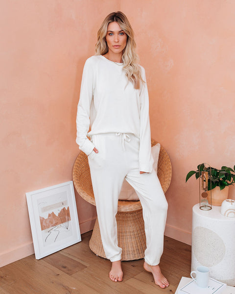 Kick Back And Relax Pocketed Knit Joggers - Ivory