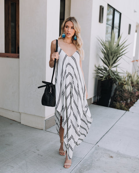 La Paz Lightweight Maxi Dress