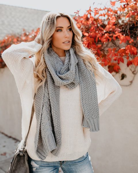 Lavish Cable Knit Scarf - Grey