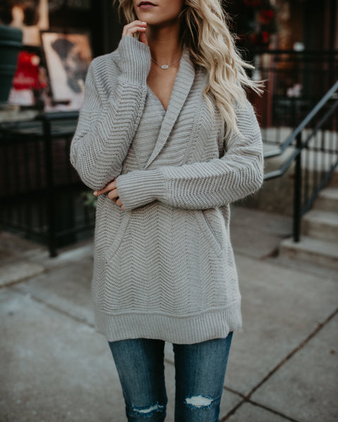 Delaine Pocketed Pullover Sweater - Grey
