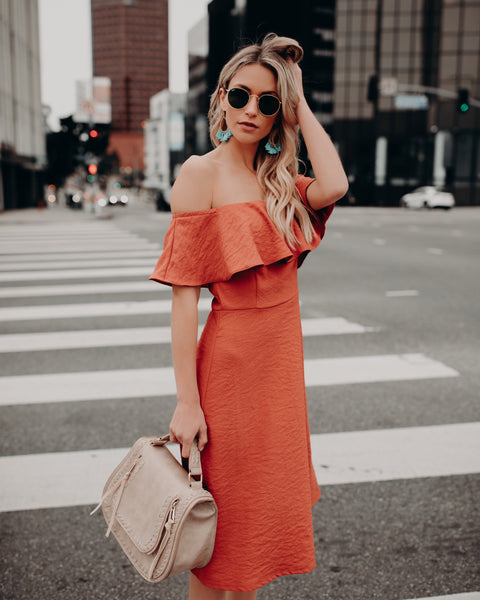 Perdido Off The Shoulder Midi Dress