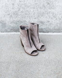 Wagner Zip Bootie - Clay