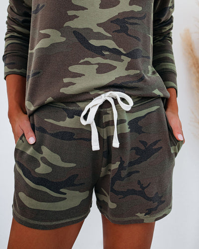 Progress Pocketed Camo Knit Shorts