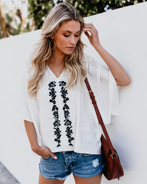 Santa Ines Embroidered Top