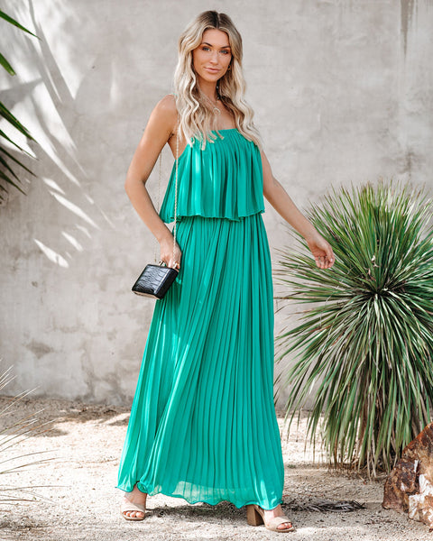 Secluded Beach Pleated Maxi Dress - Kelly Green