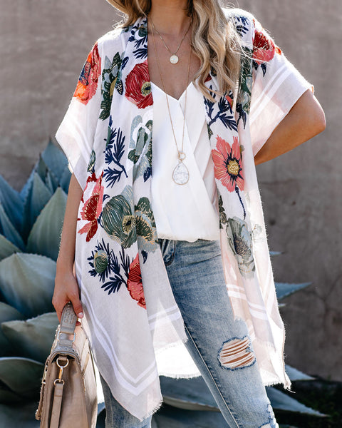 Sweet Retreat Metallic Detailed Floral Kimono