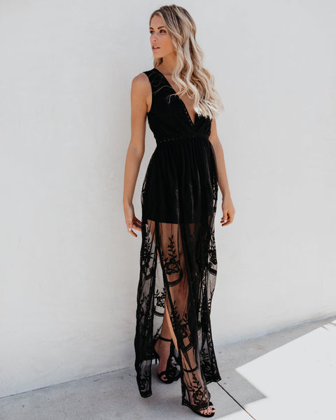 Trysta Lace Maxi Dress - Black