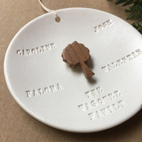 FAMILY TREE Ornament with your personalization and names