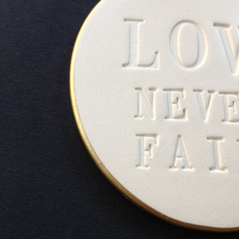 detail Love Never Fails by Paloma's Nest