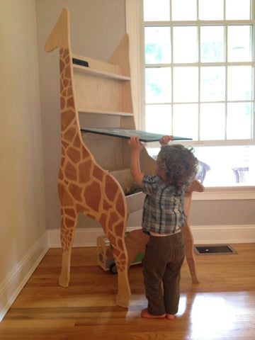 CHILD'S GIRAFFE DRAWING TABLE and CHAIR