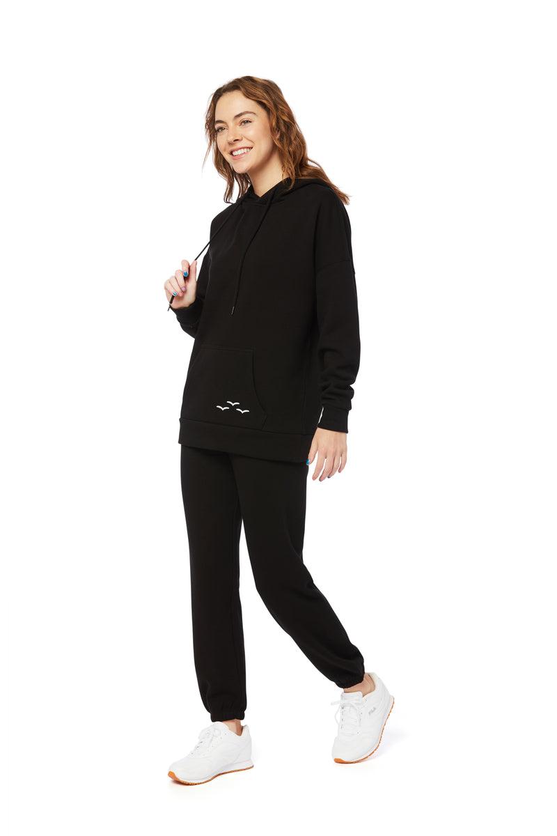 Niki & Cooper Ultra Soft Set in Black from Lazypants - always a great buy at a reasonable price.