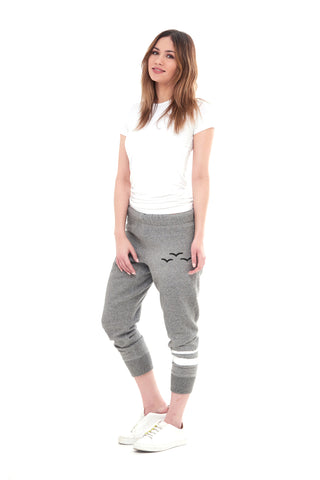 THE ANDY CAPRI IN CLASSIC GREY