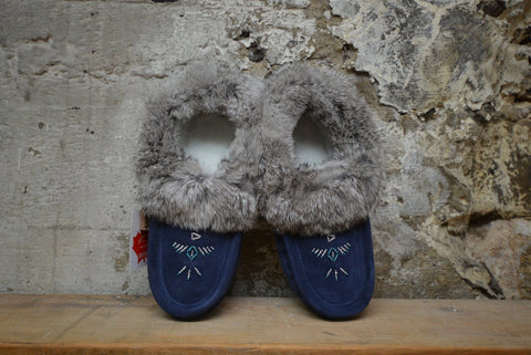 Navy: Fur Trimmed Moccasin