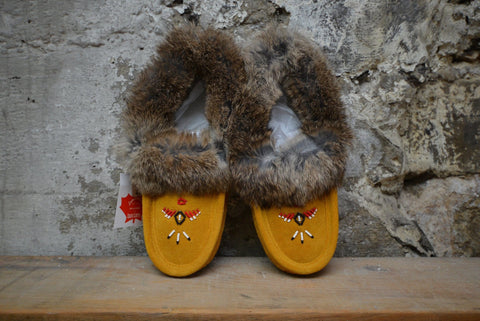 Tan: Fur Trimmed Moccasin