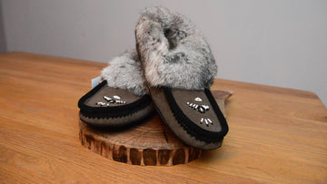 Grey/Black: Fur Trimmed Moccasin