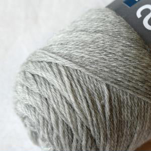 filcolana arwetta classic 4ply sock yarn wool and nylon blend yarn and co phillip island victoria australia very light grey