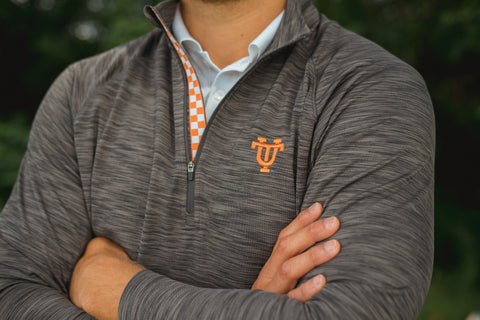 Volunteer Traditions UT Mobility Pullover